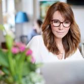 Trabalha em casa? Conselhos para ser mais produtiva (sem dar em doida)